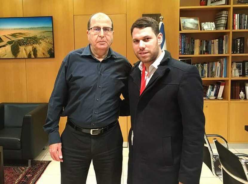 כבוד לאשדוד: משה בן זקן מונה ליועץ הפוליטי של שר הביטחון
