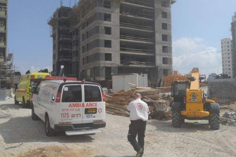 בעקבות אסון באתר בנייה באשדוד: הממשלה מחוקקת מאסר לקבלנים וסגירת אתרי הבנייה