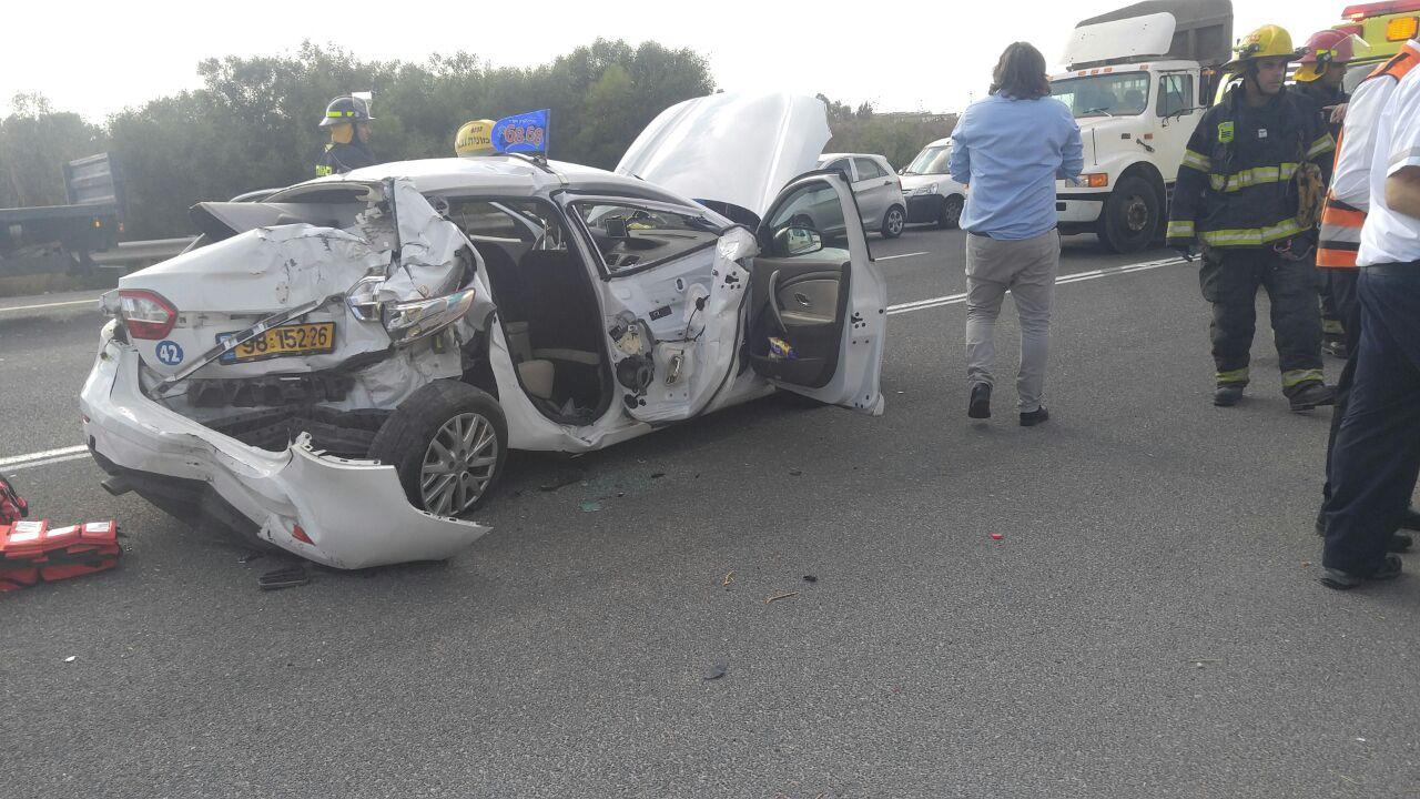 צומת אשדוד: תאונת דרכים קשה, מסוק הוזנק לפנות פצועים