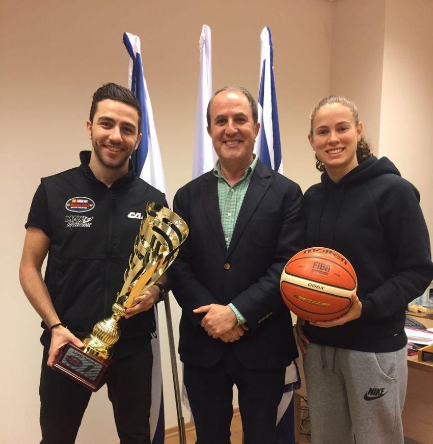 ראש העיר ד״ר לסרי אירח את שפיר ודאי מועמדי ספורטאי השנה מאשדוד