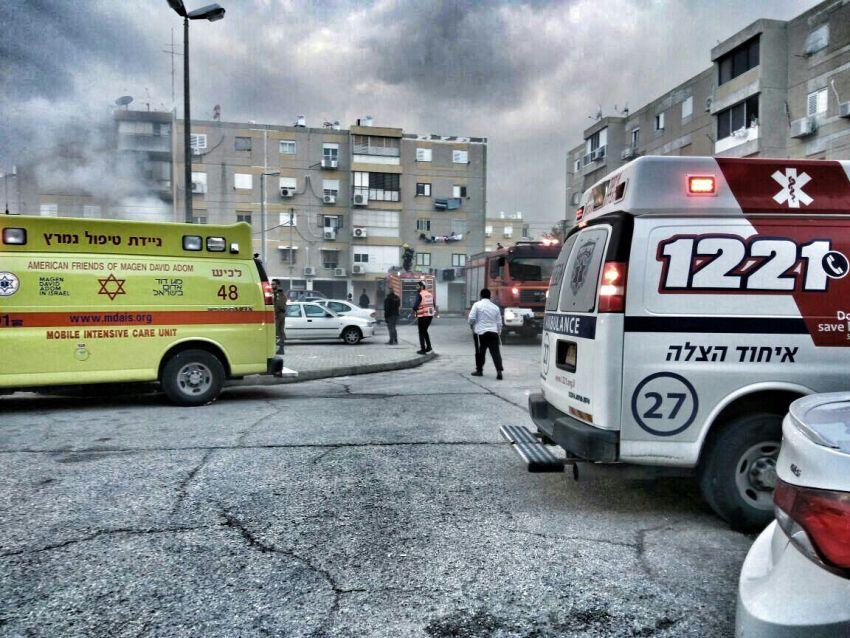 שריפה משתוללת ברובע ח' פצוע במקום (תמונות מהזירה)