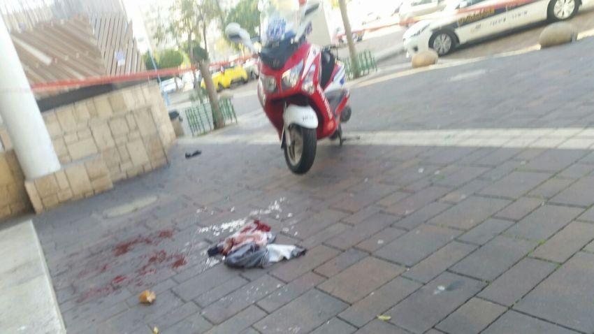 חשד לאירוע דקירות על רקע לאומני ברובע הסיטי: פצוע בנוני במקום