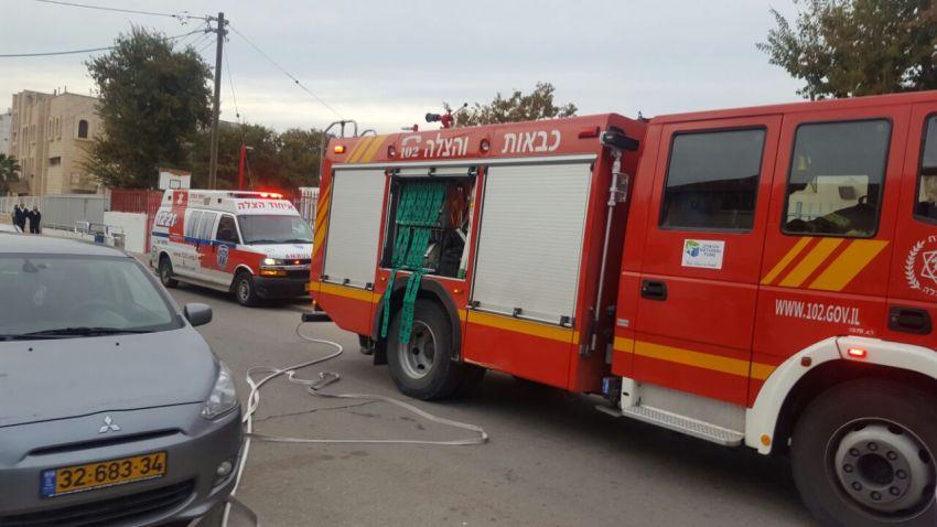 לוחמי האש השתלטו על שריפת דירה באשדוד, פצועה אחת במקום