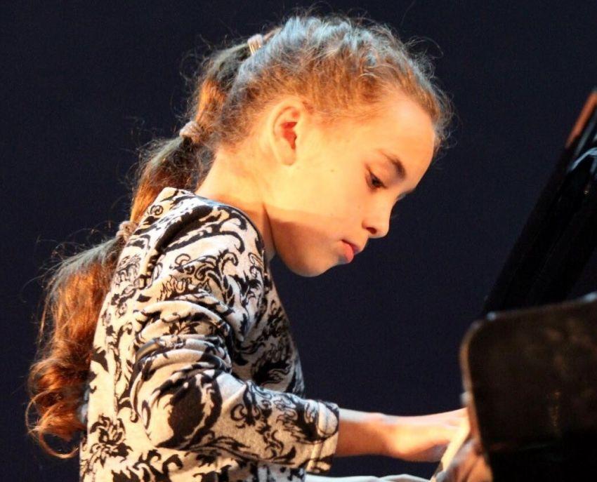 """הזוכים בתחרות """"פסנתר לתמיד"""" לפסנתרנים צעירים"""
