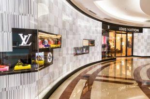 מותג האופנה הענק louis vuitton תובע מאות אלפי שקלים מבעל דוכן בשוק 'אשדוד ים'