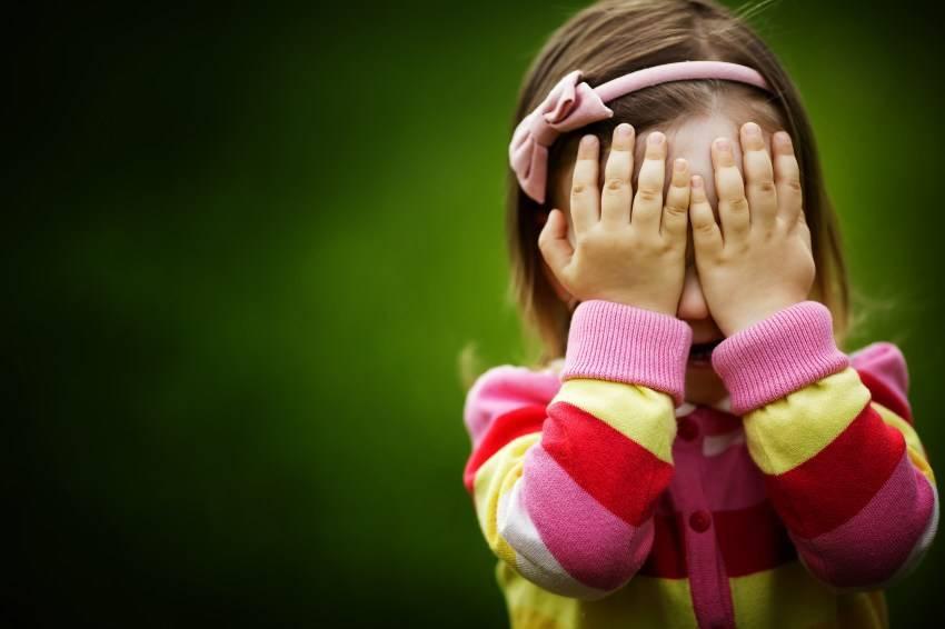 מחריד: אב שבא לאסוף את בתו התינוקת מהמעון מצא אותה בכביש
