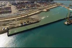 עובדי חברת נמלי ישראל האחראים על בניית הנמל החדש באשדוד פתחו בשביתה