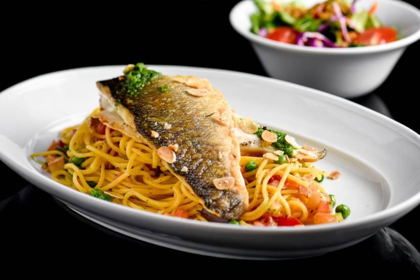 מתכון לפילה לברק על מצע ספגטי ברוטב לימוני