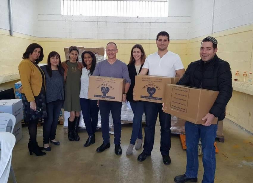חבילות סיוע ותווי קניה ביותר ממיליון שקל חולקו בקמחא דפסחא של העירייה
