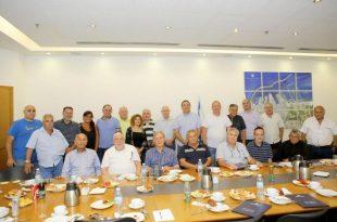 חברת נמל אשדוד נפרדת מ-10 עובדים שפורשים לגמלאות