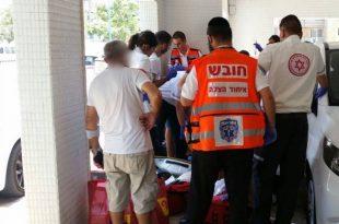 פעולות החייאה על צעיר שנמצא ללא דופק בתוך רכב באשדוד