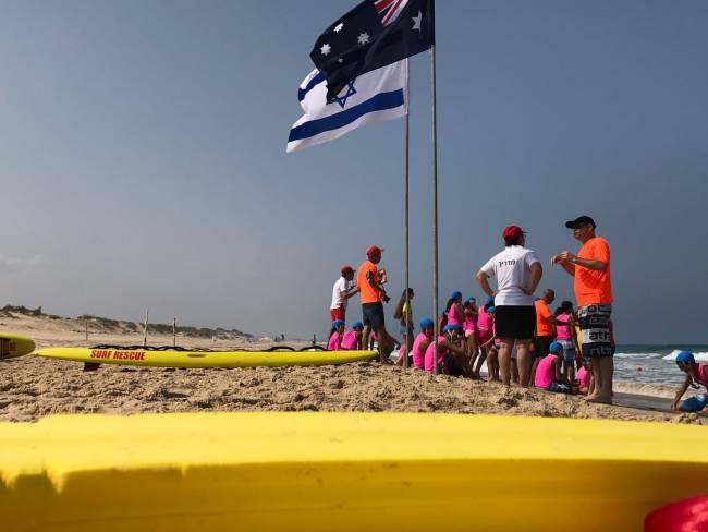 """שגריר אוסטרליה ביקר בחוף """"הריביירה"""""""