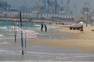 חוף הים בנמל אשדוד