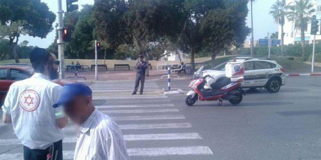 רכב פגע בחוזקה ברוכב אופניים חשמליים