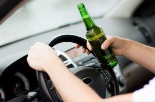 שתיית אלכוהול בזמן נהיגה