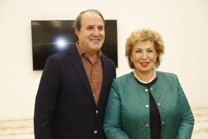 השרה לנדבר וראש העיר לסרי הדליקו נר שמיני של חנוכה