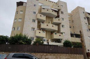 תעלומה: מי גנב ותלש עשרות מזוזות מבתים באשדוד?