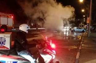 צפו בוידאו: רכב התפוצץ ועלה באש באמצע הרחוב