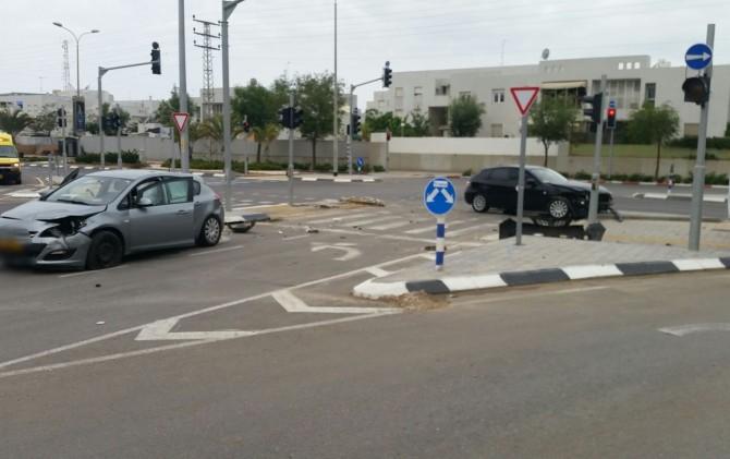תאונת דרכים - במקום פצועים כולל ילדים