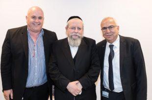 הרב פירר בביקור בבית החולים 'אסותא אשדוד'