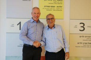 שר הבינוי יואב גלנט ביקר בבית החולים אסותא אשדוד
