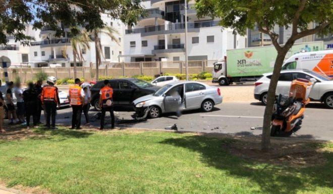 שני פצועים בתאונת שרשרת בין שלושה כלי רכב באשדוד