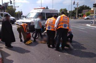 רוכב תלת אופן בן 60 נפגע לאחר שנפל מאופניו