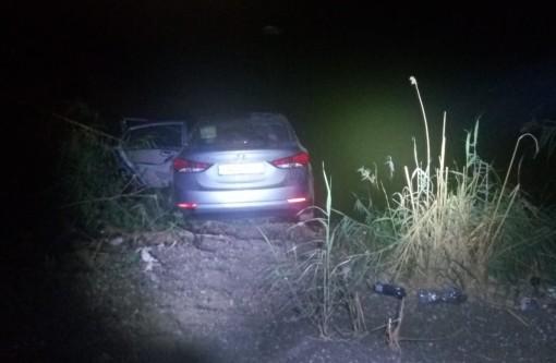 רכב שהתדרדר לנחל לכיש גרם לבהלה ולהקפצת כוחות משטרה