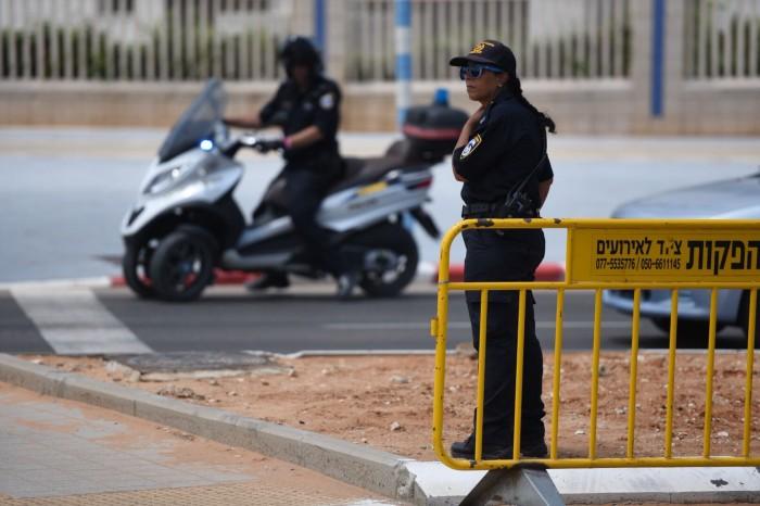 """עם לוחמי מג""""ב ומאות שוטרים: כך נערכת משטרת ישראל לפתיחת שנת הלימודים"""