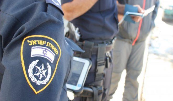 נתפס על חם: תושב העיר נעצר ונכלא לאחר שנתפס פורץ למשאית