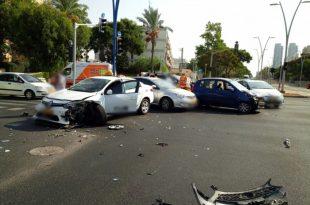 תאונה קשה: פצועים בהתנגשות חזיתית בין מונית לרכב פרטי