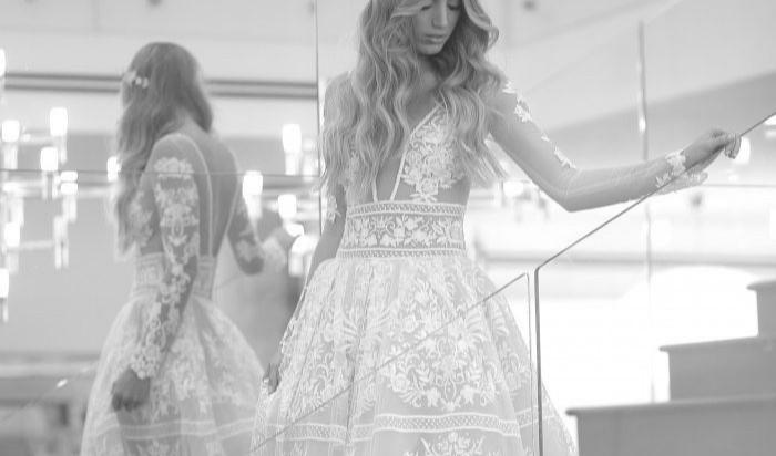 """כך הפכה המעצבת האשדודית לסטארית עם שמלות בגמר """"דה וויס"""" אנגליה"""