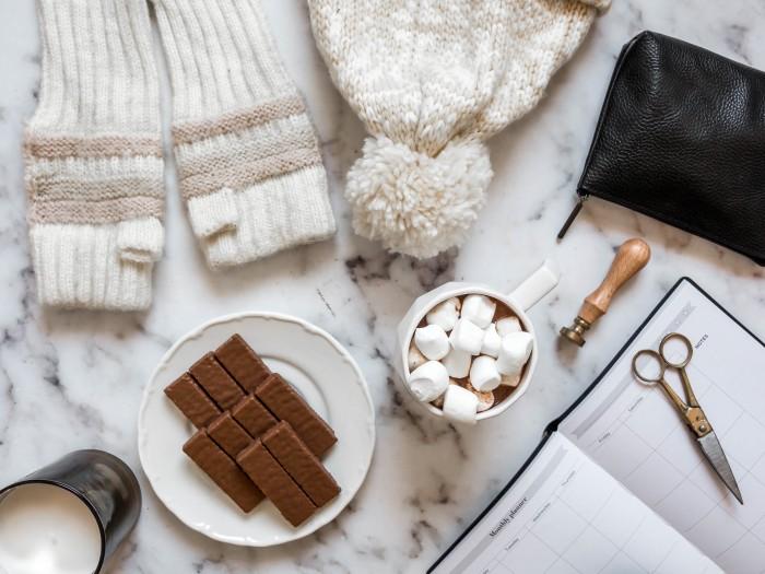 מתכון חורפי חם, מתוק ומפנק – שוקו ומרשמלו