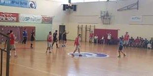 קבוצה תשע מעשר. 9 ניצחונות מתוך 10 לקבוצת הכדוריד של אשדוד