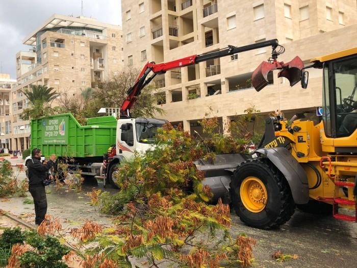 """עיריית אשדוד: """"צוותי כוננות וחילוץ יפעלו במהלך כל היום"""""""