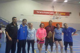 מדליות לשחקני הבדמינטון ממכבי אשדוד