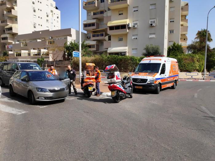 אישה נפצעה כתוצאה מהתנגשות שני רכבים באשדוד