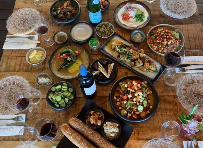 """כך הפכה מסעדת """"אטמוספירה"""" באשדוד לאחת מ-10 המסעדות הכי מבוקשות בארץ!"""