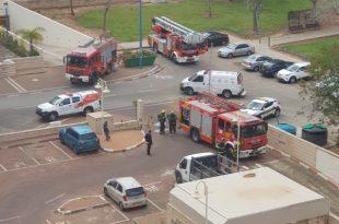 """שריפה פרצה בחניון של שלושה בתי מגורים באזור י""""ב"""