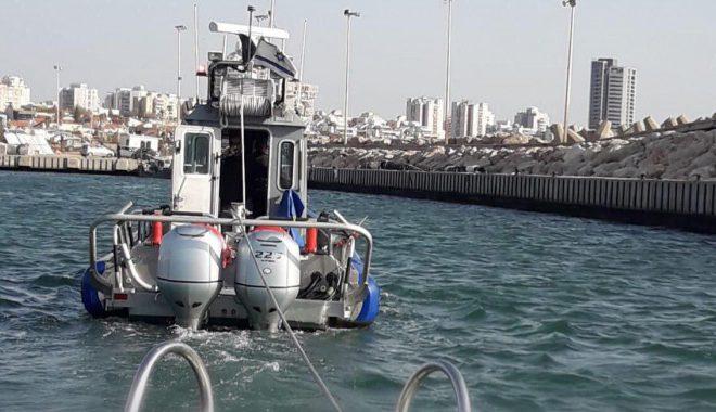 דרמה מול חופי אשדוד: סירה ועליה ילדים נתקעה לפני החשכה