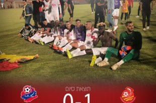 צפו בחגיגות מ.ס אשדוד בחדר ההלבשה לאחר ההישארות בליגת העל