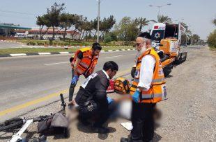 חשד לתאונת פגע וברח של משאית באופניים