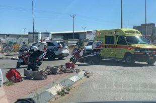 תאונה חזיתית בין שני אופנועים, שני פצועים, אחד מהם קשה