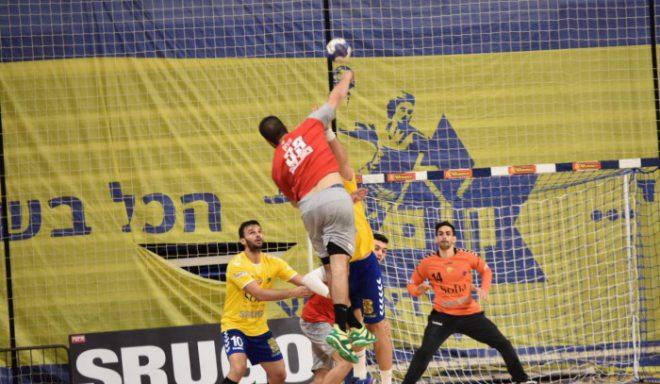 ברח מהידיים. קבוצת הכדוריד של אשדוד נוצחה במשחק הראשון בסדרת הגמר