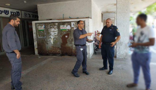 המשטרה פשטה על עסקים באשדוד המעסיקים זרים שלא כחוק